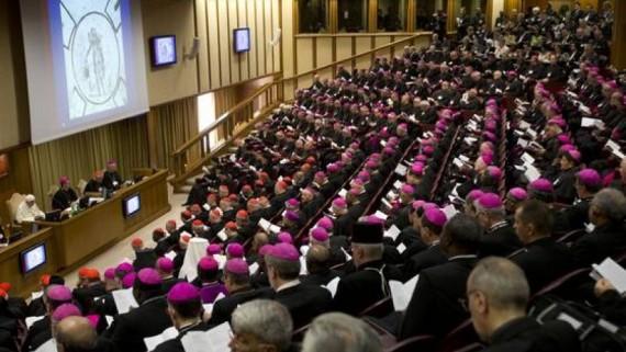 Réflexions synode famille Eglise change écoute
