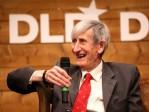 Freeman Dyson s'oppose à Obama sur le changement climatique et vante les mérites du CO2
