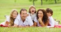 Une étude révèle que la présence de nombreuses familles stables et fortes est liée à la croissance économique