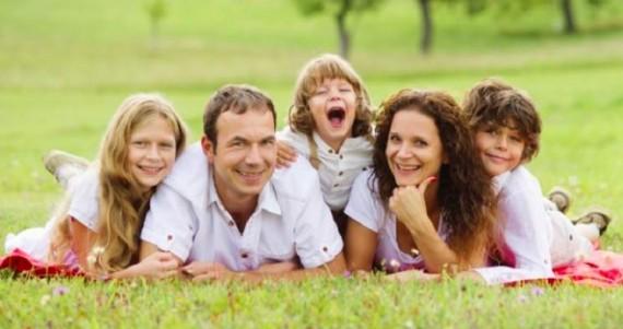 familles stables fortes croissance économique