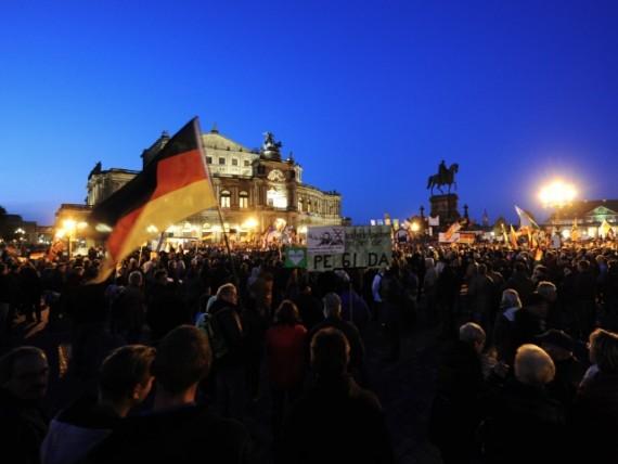 mobilisation islamisation PEDIGA Dresde Allemagne manifestant grièvement blessé