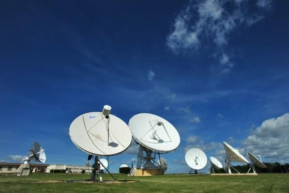 Parlement français vote surveillance communications internationales