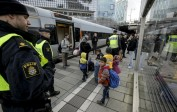 La Suède, submergée par l'afflux de migrants, rétablit les contrôles à ses frontières
