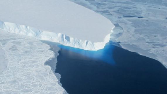 fonte Antarctique montée océans réaliste scientifiques