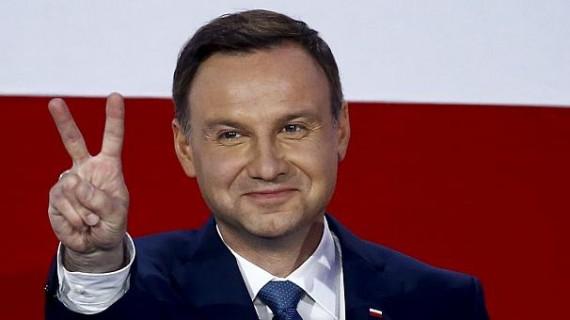 Tribunal constitutionnel Pologne Duda juges