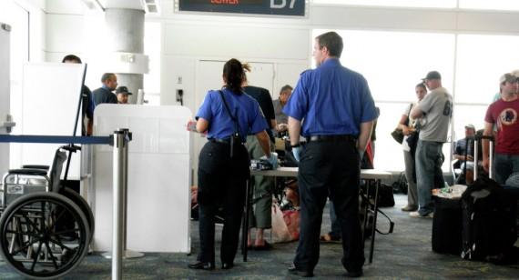 immigrants soupçonnés terrorisme Etats Unis trace perdue