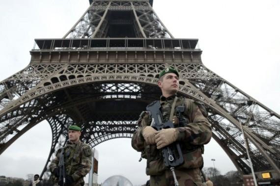 Hollande prolonger état urgence
