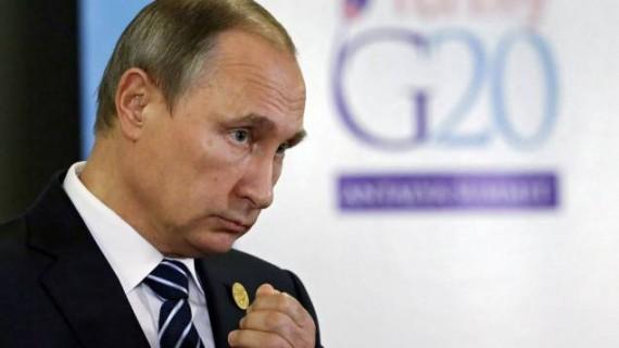 Poutine sanctions Russie théâtre absurde