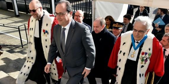 Hollande état droit protecteur