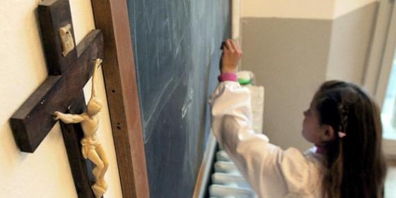 Menaces écoles catholiques sous contrat Espagne