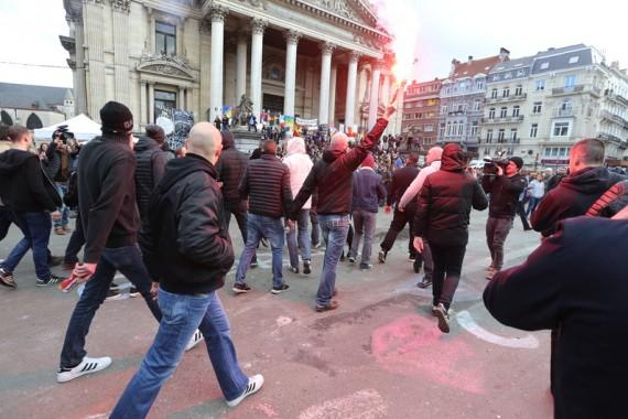 Bruxelles Manifestation Hooligans Manipulation Mondialiste