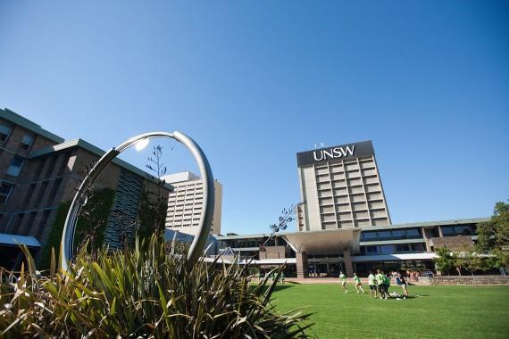 Novlangue université australienne réécrire histoire invasion britannique