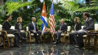 A Cuba chez Castro, Obama légitime les droits de l'homme communiste