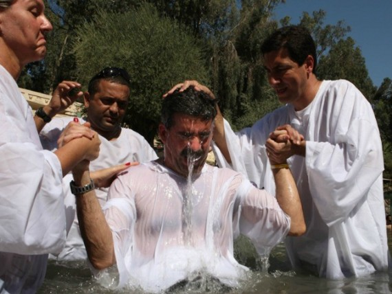 milliers migrants baptême Europe Allemagne