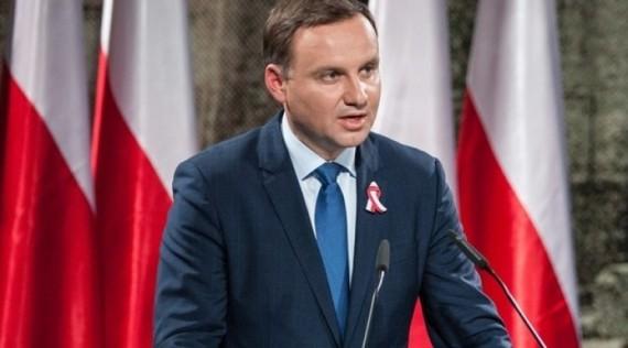 Andrzej Duda Pologne fidèle chrétien
