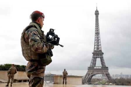 Valls prolongation état urgence juillet