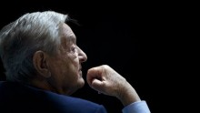 Le milliardaire George Soros remplace ses actions par de l'or