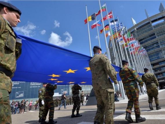 UE plan secret armée européenne Brexit