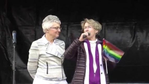 nouvelle ministre enfance jeunesse Irlande féministe lesbienne ex religieuse