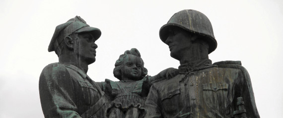 Pologne démantèlement monuments gratitude Armée Rouge