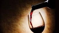 Huit mois de prison pour avoir frappé une serveuse qui servait de l'alcool pendant le ramadan
