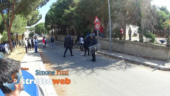 Révolte migrants centre accueil Italie
