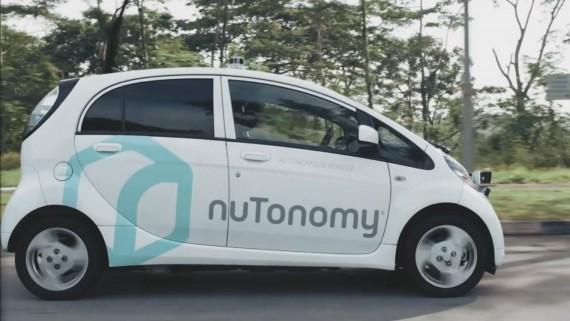 taxis sans chauffeur Singapour Premiers intelligence artificielle