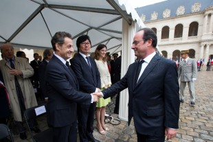 Invalides, ce dimanche : François Hollande et Nicolas Sarkosy lors de la cérémonie d'hommage aux harkis.
