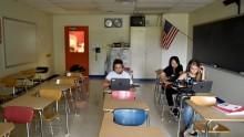 Un lycée du Maine, Etats-Unis, fera enseigner l'espagnol et le français exclusivement par ordinateur
