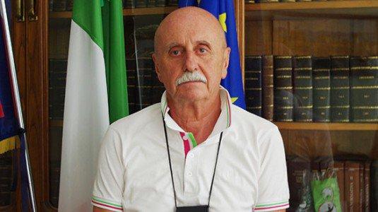 maire Favria Italie résiste mariage gay Serafino Ferrino objection conscience