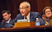 Le directeur de la campagne d'Hillary Clinton, John Podesta, offre la technologie militaire américaine à la Russie – et en retire des roubles