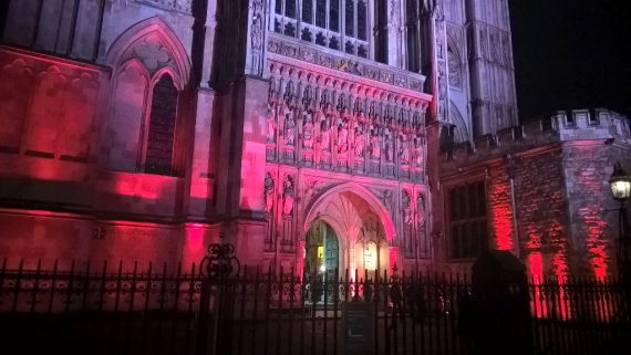 AED persécution religieuseMercredi rouge Royaume Uni