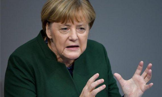 Angela Merkel appuie fortement initiative traquer discours haine réseaux sociaux