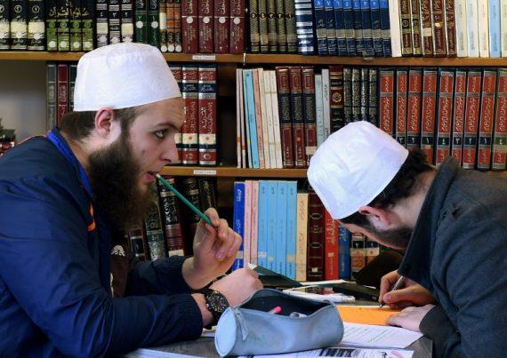 Islam Laïcité Formation Imams Farce Tranquille