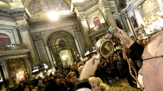 sang saint Janvier pas liquéfié 16 décembre