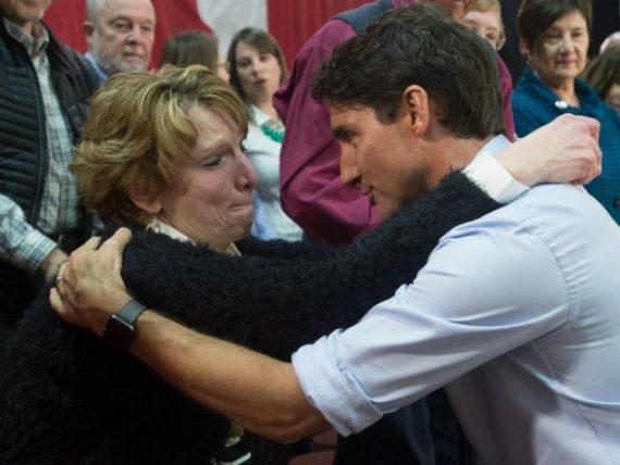 Justin Trudeau Canadienne Sentiment Energie Hug