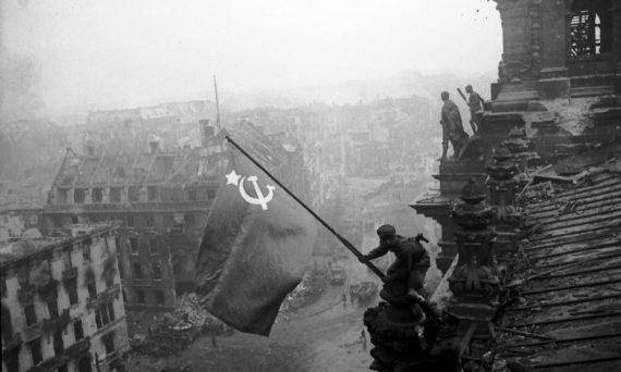 Russie réplique Reichstag patriotisme enfants