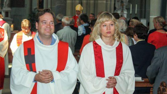 femmes prêtres jésuites pape révolution sacerdoce