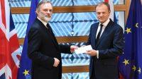Remise de la lettre enclenchant le processus du Brexit à Donald Tusk
