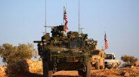 Un convoi de militaires américains à proximité de Manbij, en Syrie.