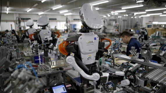 Main oeuvre six emplois éliminés robot