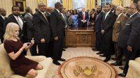 LE BILLETScandale sur canapé pour la conseillère de Trump: l'étrange protocole des sages de la Révolution