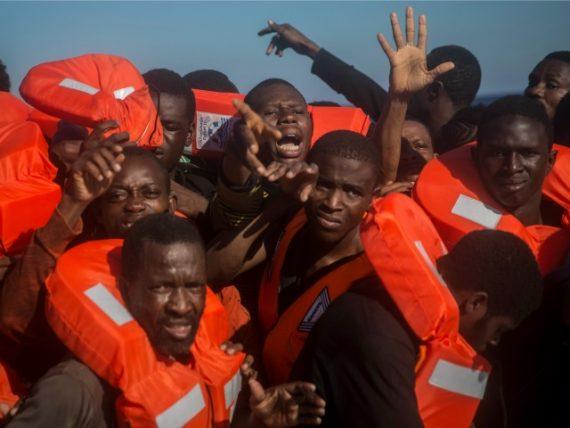 nouveaux migrants Italie statut réfugiés 2016