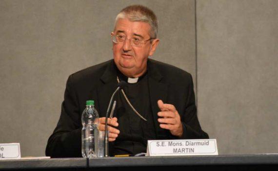 Archevêque Dublin Politiquement Correct Dénigre Eglise Catholique
