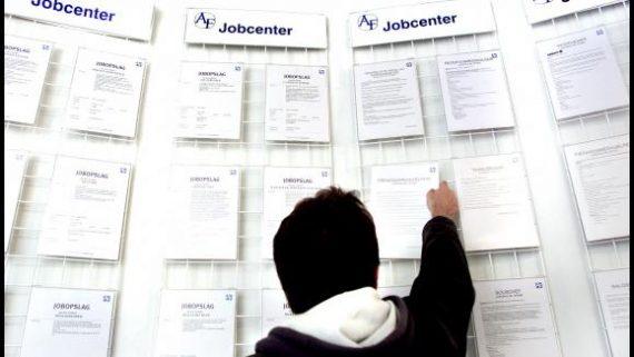 Danemark réduction allocations jeunes chômeurs