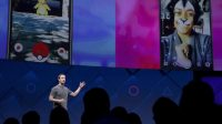 Le PDG de Facebook, Mark Zuckerberg, à l'ouverture de la conférence annuelle pour les développeurs d'applications (F8) organisée par le groupe à San José en Californie, le 18 avril 2017.