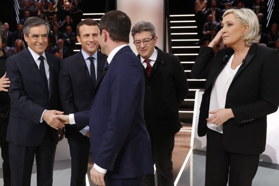 Fillon Pen Macron Mélenchon Attaque Candidat Antisystème