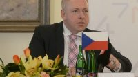 Solidaire avec le Groupe de Visegrád, la République tchèque refuse les quotas obligatoires de migrants malgré les menaces de sanctions