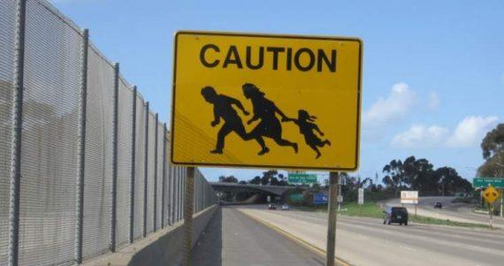 Trump chute immigration clandestine Arizona Jeff Sessions