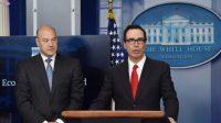 Le secrétaire américain au Trésor, Steven Mnuchin (à droite)